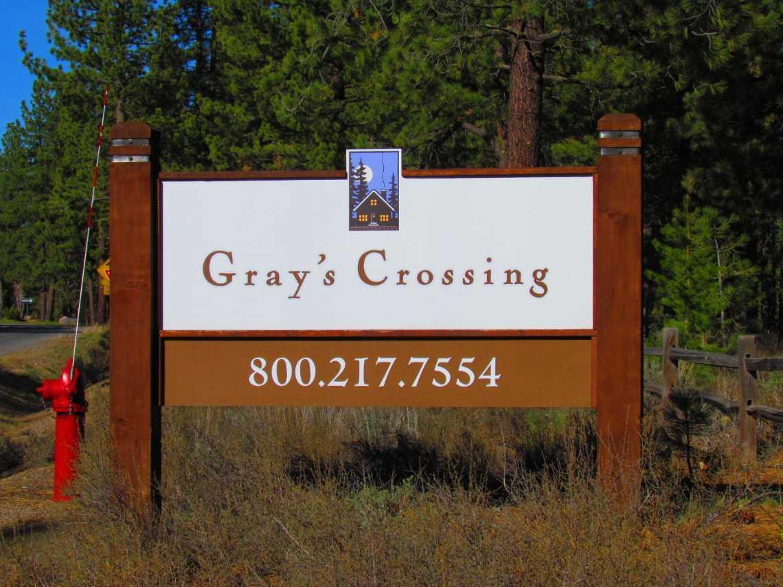 Hurst-GraysCrossing_01