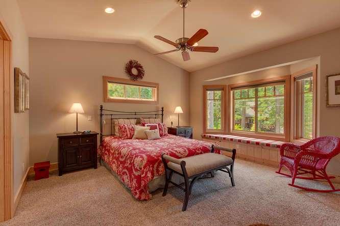 7049-Deer-Ave-Tahoma-CA-96142-small-011-014-Master-Bedroom-Ensuite-666x444-72dpi