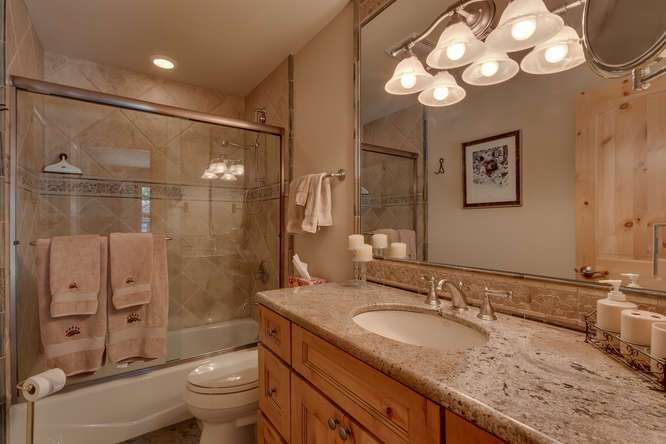 7049-Deer-Ave-Tahoma-CA-96142-small-018-008-Bathroom-666x444-72dpi